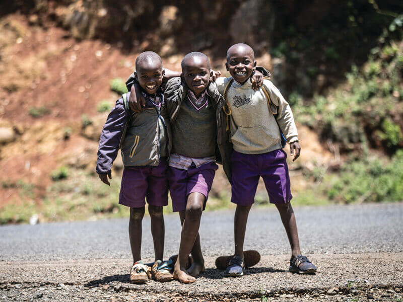 picture of Kenyan school kids