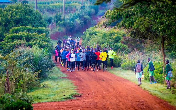 runners in iten